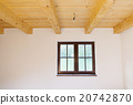Unfinished room 20742870