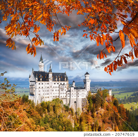 Neuschwanstein castle in Bavaria, Germany 20747619