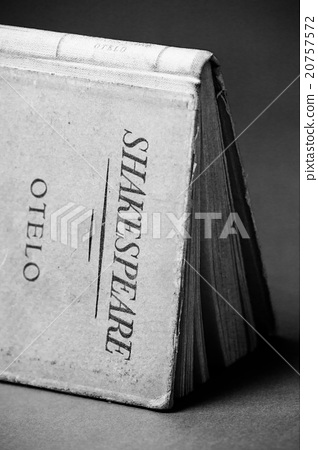 An old book by Shakespeare black and white 20757572
