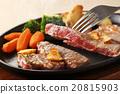 牛排 鐵板燒(在熱板上烤菜) 葷菜 20815903