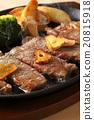 牛排 鐵板燒(在熱板上烤菜) 葷菜 20815918