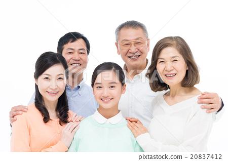 一个家庭 20837412