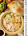 Chinese cabbage and pork hot pot               20911889