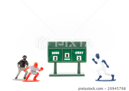 Runner running into baseball home: Baseball, a runner getting home 20945798