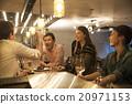 男人 咖啡廳 吧台 20971153