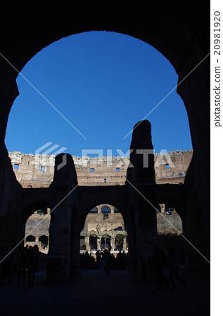 Italy Colosseum 20981920