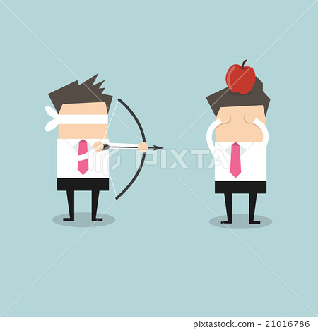 Blindfold businessman aiming to shoot the apple 21016786