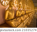Alignment of Buddhas statues. 21035274