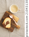 Slice of marble cake 21043130