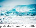 Violent big wave, North Shore in Hawaii 21207802