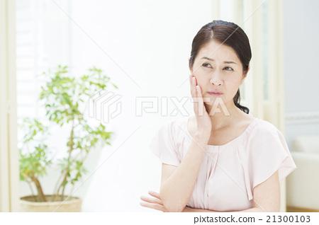 50歲的女性 21300103