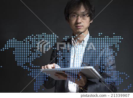 全球化互联网商务 21339907