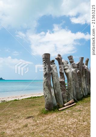 The guardian deity of the Saint Maurice Bay (New Caledonia, Il De Pan) 21363225