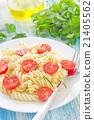 pasta with tomato 21405562