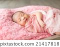 new born 21417818