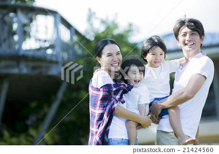 ผู้ปกครองและเด็กที่อาศัยอยู่ในฮาวาย 21424560