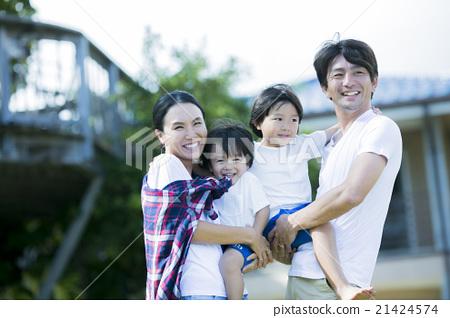 父母和孩子住在夏威夷 21424574