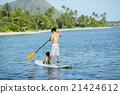 父母和小孩 站起來的槳板 海洋體育 21424612