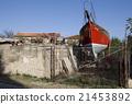 Schiff im Garten eines Wohnhauses in Medulin 21453892