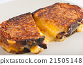 Sandwich with various types of cheese 21505148