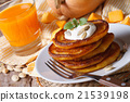 Healthy breakfast 21539198
