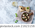 Ready to eat Escargots de Bourgogne snails 21623156