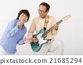 演奏 老人 电子吉他 21685294