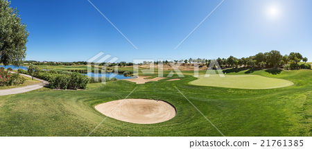 Panorama of a golf course sand trap. 21761385