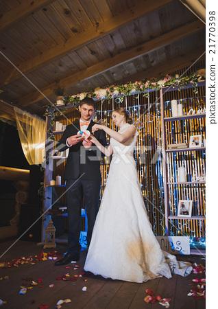 Exit a night wedding ceremony 4100. 21770398