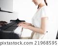 피아노 연주 여자 21968595