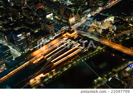 Night view of Melbourne · Flinders Street Station 22097799