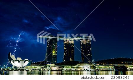 濱海灣金沙酒店位於新加坡和雷霆 22098245