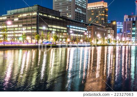 [Tokyo] Night view of the Marunouchi office area 22327063