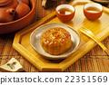 Chinese moon cake   22351569