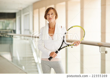 Sporty senior woman 22355169