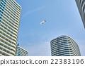 高層公寓大樓 馬車 乘 22383196