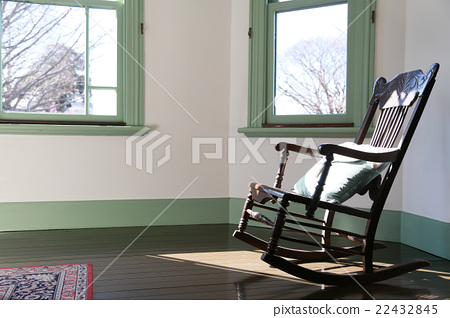 흔들 의자가있는 방 22432845