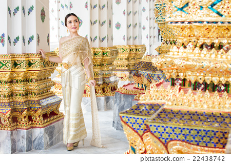 Thai woman wearing Thai traditional bridal dresses 22438742