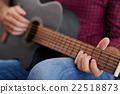 玩 演奏 吉他 22518873