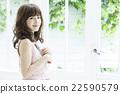 세로 젊은 여성 22590579