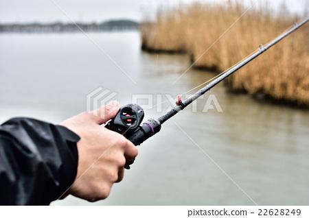 Bass fishing on rainy days 22628249