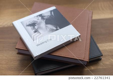 Beautiful wedding books 22761341