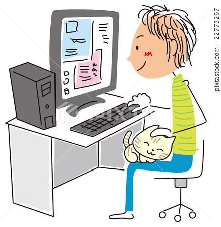 一個人玩電腦而可愛的貓 22773267