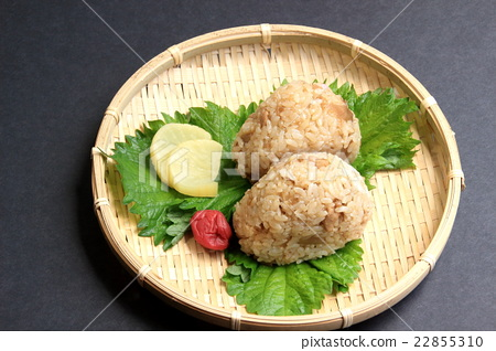 Chicken meat rice ball 22855310