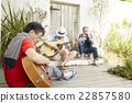男人 吉他 樂譜 22857580