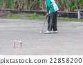 The elderly who enjoys the gateball 22858200