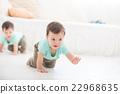 crawling baby boy twin 22968635