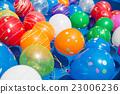 水球 漂浮的 女孩 23006236