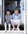 肖像 露營車 露營者 23015047