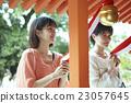 父母和小孩 參拜神社 京都 23057645